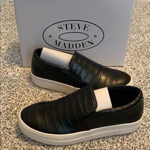 Steve Madden Gill Sneaker